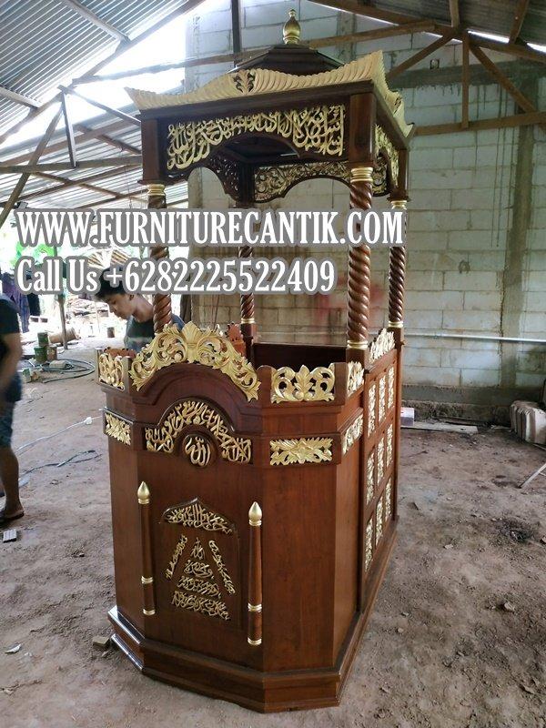 Mimbar Masjid Jati Ukiran Mewah
